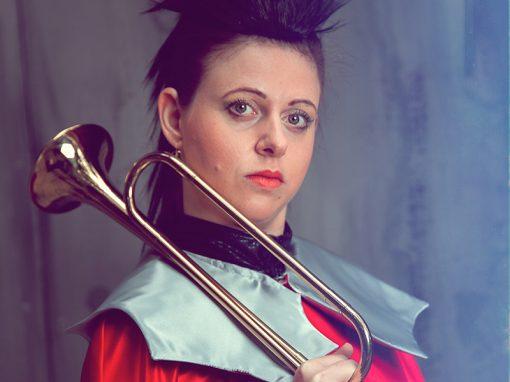 Maria Lechner | Fanfarenbläserin
